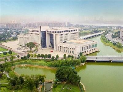 屋面保温样板工程:中南大学